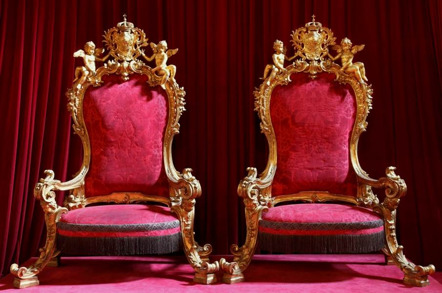 The royal thrones at Ajuda Palace
